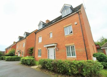 Thumbnail 6 bed property to rent in Walker Grove, Hatfield
