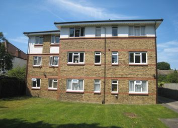 Thumbnail 1 bed flat to rent in Cator Road, Sydenham