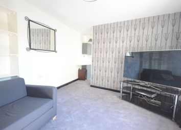 Thumbnail Room to rent in Oliver Drive, Calcot, Reading