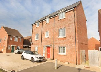 Thumbnail 5 bedroom detached house for sale in Daunt Close, Aylesbury