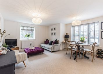 Oakford Court, Henley-On-Thames, Oxfordshire RG9. 2 bed flat