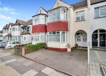 Thumbnail 3 bed flat for sale in Grange Gardens, Southend-On-Sea