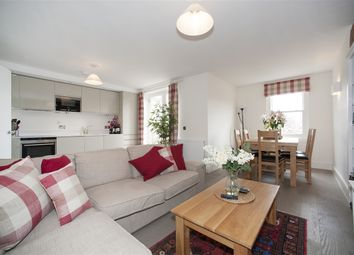 Thumbnail 2 bedroom flat to rent in Goldhawk Road, London