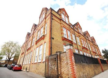 Thumbnail 2 bed flat to rent in Scholars Place, London
