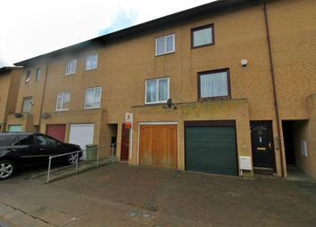 Thumbnail 3 bedroom town house for sale in Mullion Place, Fishermead, Milton Keynes
