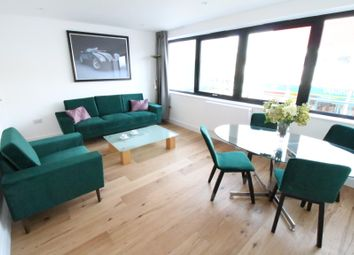 Thumbnail 4 bed shared accommodation to rent in Kingsmead, Farnborough