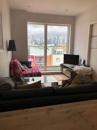 3 bed flat to rent in Creek Road, London SE8