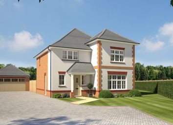 4 bed detached house for sale in New Odiham Road, Alton, Hampshire GU34