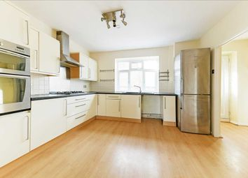 3 bed maisonette to rent in Frensham Drive, London SW15