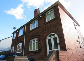 Thumbnail 3 bed property to rent in Doulton Road, Rowley Regis