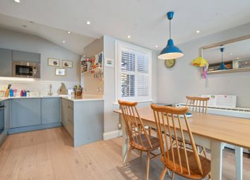 Thumbnail 3 bedroom maisonette for sale in Hawthorn Road, Crouch End, London