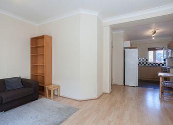Thumbnail 1 bed flat to rent in Falcon Road, Battersea