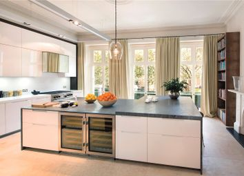 Thumbnail 3 bed flat to rent in Buckingham Gate, St. James's Park, London