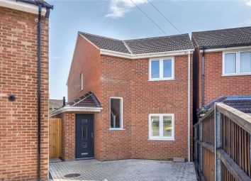 Thumbnail 3 bed detached house for sale in Calcot Close, Headington, Oxford