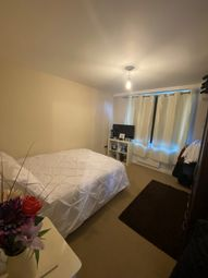 Thumbnail Flat to rent in 124A High Street, Gillingham, Kent
