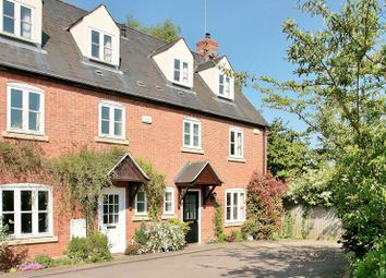 Thumbnail 3 bed town house for sale in Bloxham Court, Bloxham, Banbury