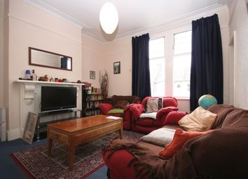 Thumbnail 2 bed flat to rent in Shaftesbury Road, London