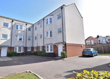 Station Road, Harlow CM17. 2 bed flat