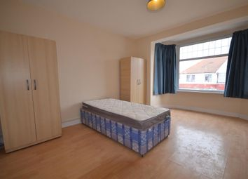 Thumbnail 1 bedroom flat to rent in Clarendon Gardens, Wembley, Middlesex