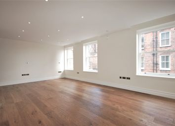 Thumbnail  Studio to rent in Kensington High Street, Kensington