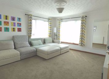 Thumbnail 3 bed flat for sale in 17, Beatty Court, Kirkcaldy