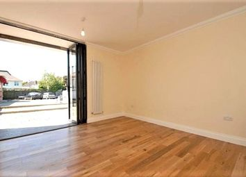 Thumbnail 2 bed flat to rent in Station Road, West Wickham, Kent