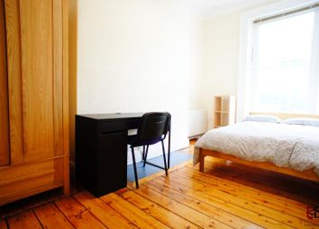 Room to rent in Victoria Square, Jesmond, Newcastle Upon Tyne NE2
