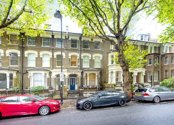 Thumbnail 1 bed flat for sale in Grosvenor Avenue, London