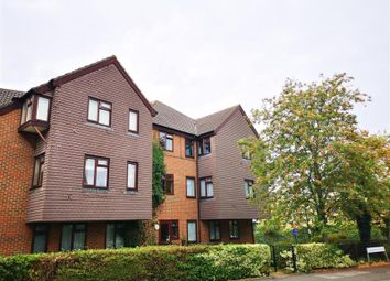 Thumbnail 1 bed flat to rent in Clarendon Road, Wallington, Sutton