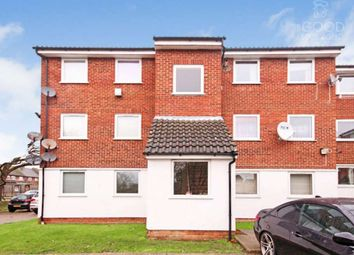 Thumbnail 2 bed flat for sale in Droveway, Loughton
