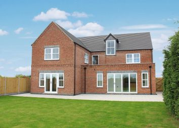 Thumbnail 5 bed detached house for sale in Higham Lane, Nuneaton, Warwickshire