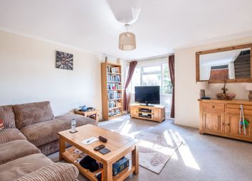 Thumbnail 4 bed town house to rent in Willow Drive, Bracknell