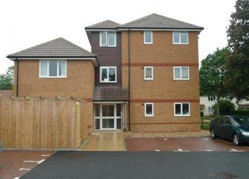 Thumbnail 1 bed flat to rent in Meadow Road, Farnborough