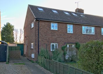 Thumbnail 3 bed maisonette for sale in Rustat Road, Cambridge