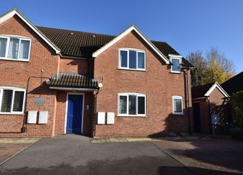 Thumbnail 2 bed flat to rent in Lower Way, Thatcham, Berkshire