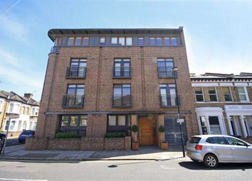 Thumbnail 3 bed flat to rent in Kepler Road, London