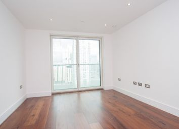 Thumbnail 1 bed flat to rent in Duckman Tower, Lincoln Plaza, Canary Wharf, London