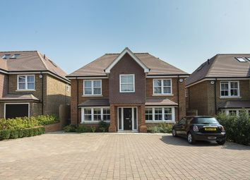 Thumbnail 6 bed detached house to rent in Glen Way, Watford