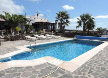Thumbnail 6 bed chalet for sale in Puerto Calero, Yaiza, Spain