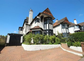 Thumbnail 2 bed flat to rent in Grand Drive, Leigh-On-Sea, Essex