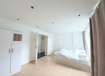 Thumbnail 5 bed flat to rent in Mary House, Queen Caroline Street, Hammersmith, London
