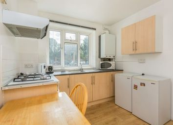 2 bed flat to rent in St. Pauls Road, Southsea PO5