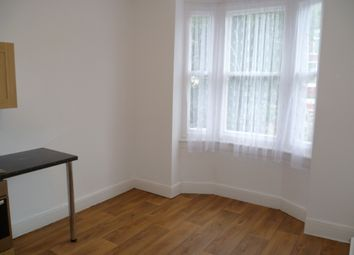 Thumbnail 1 bed flat to rent in Douglas St, Salford