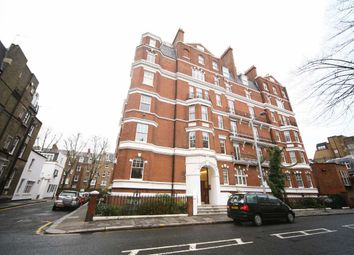 Thumbnail 4 bed flat to rent in Drayton Gardens, London