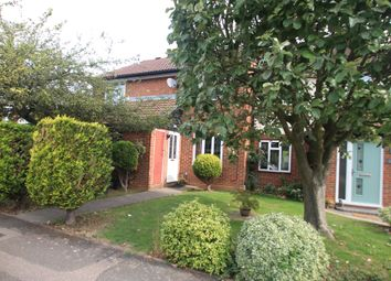 Thumbnail 2 bed property to rent in Spayne Close, Luton