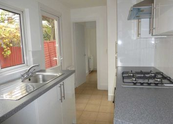 2 bed property to rent in Orts Road, Reading RG1