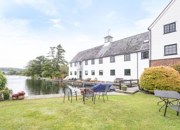 2 bed flat for sale in Henley-On-Thames, Oxfordshire RG9