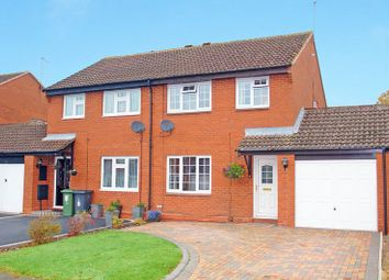 Thumbnail 3 bed property to rent in Kingham Close, Redditch
