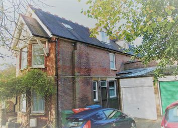 Thumbnail 1 bed flat to rent in Rectory Avenue, High Wycombe