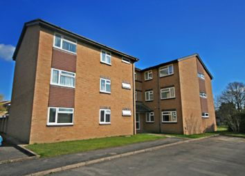 Thumbnail 2 bedroom flat to rent in The Warren, Burgess Hill